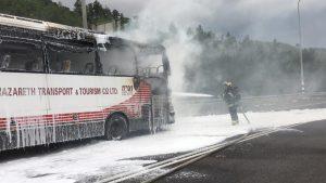 כפרניק WhatsApp-Image-2018-11-22-at-10.04.21-300x169 צומת יובלים: אוטובוס נשרף