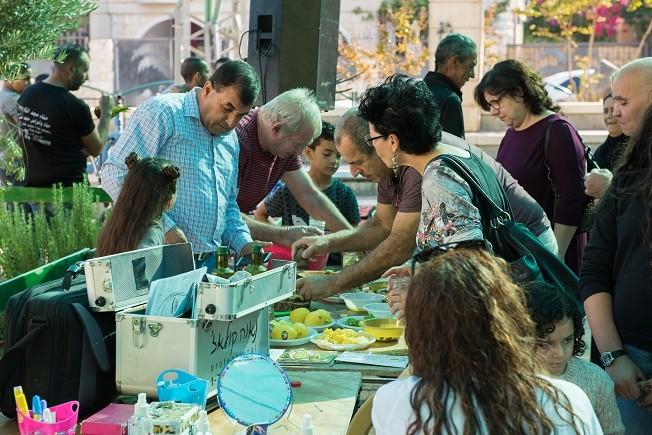 כפרניק 111034 פסטיבל הזית – קרוב לבית