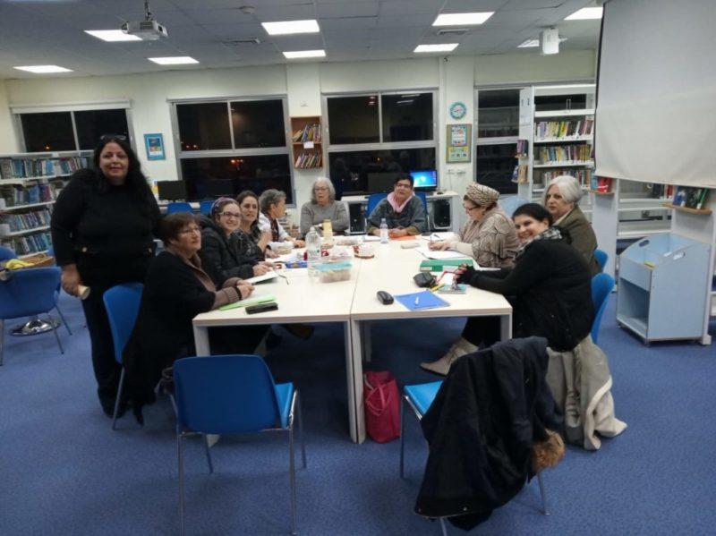 כפרניק 111527-scaled סדנאות כתיבה בספריית כפר ורדים