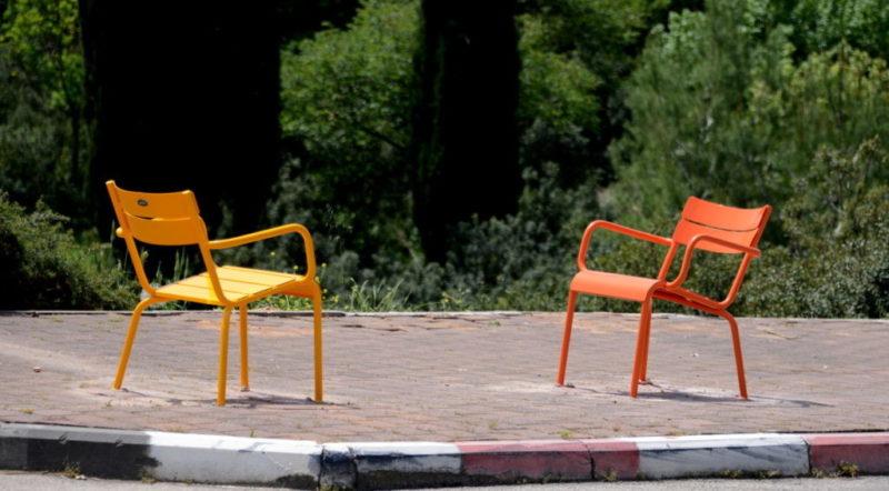 כפרניק DSC_0570-scaled ספסלים, מצלמות וארנונה