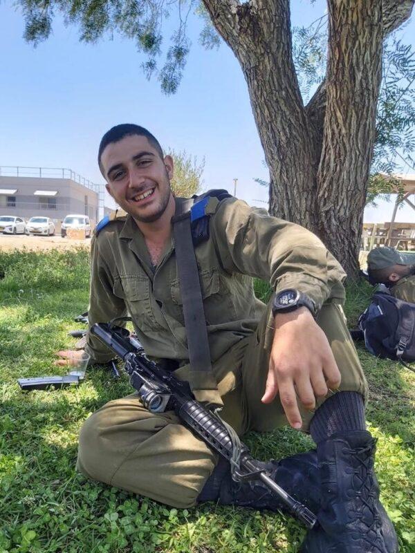 כפרניק WhatsApp-Image-2020-07-01-at-11.31.02-scaled עידו חייקה, קצין בשריון