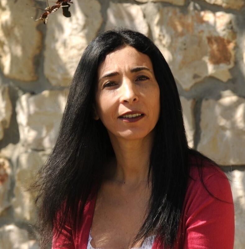 כפרניק 44533778-scaled פרופסור אסנת עקירב