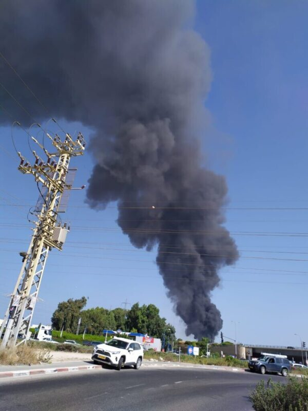 כפרניק WhatsApp-Image-2020-09-27-at-10.24.30-scaled שריפת ענק באזור תעשיה נעמן