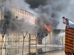 כפרניק WhatsApp-Image-2020-09-27-at-15.10.47-300x225 שריפת ענק באזור תעשיה נעמן
