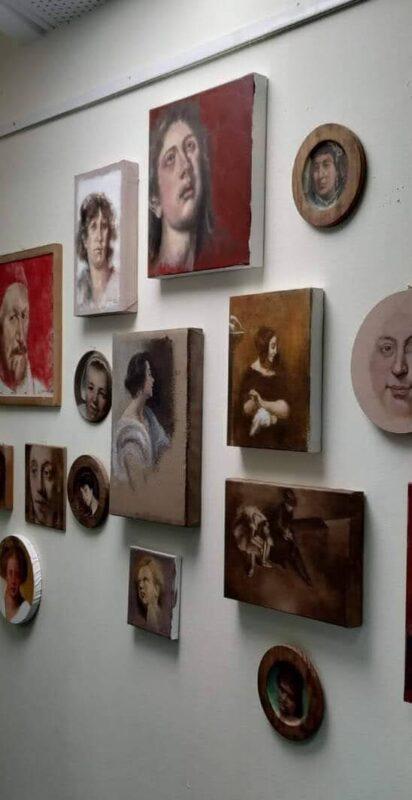 """כפרניק image-scaled אתי צ'כובר: """"ציירת סדרתית"""""""