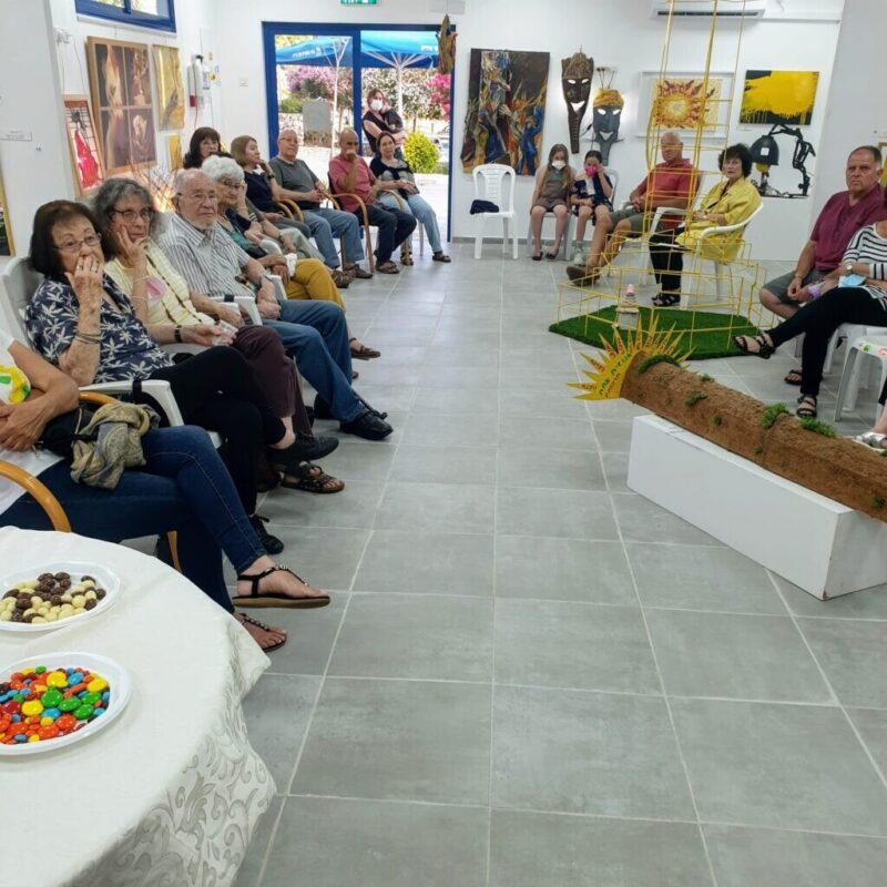 כפרניק WhatsApp-Image-2021-06-14-at-14.59.55-scaled שיח גלריה אמני כפר ורדים