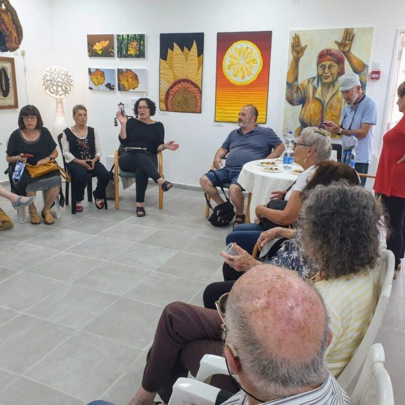 כפרניק WhatsApp-Image-2021-06-14-at-14.59.56-scaled שיח גלריה אמני כפר ורדים