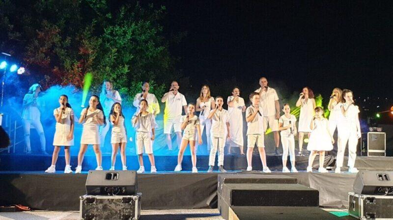 כפרניק WhatsApp-Image-2021-06-30-at-22.19.04-1-scaled מוזיקה ושירה בקונסרבטוריון כפר ורדים